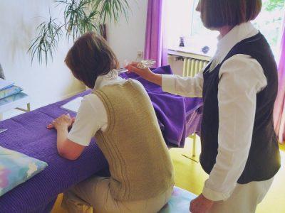 Revitalisieren LichtEnergie-Massae für den Rücken, auch als Mobile Rücken-Massage